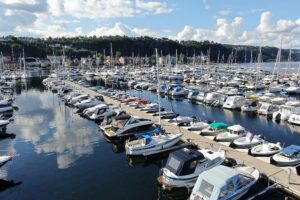 Båter i båthavn